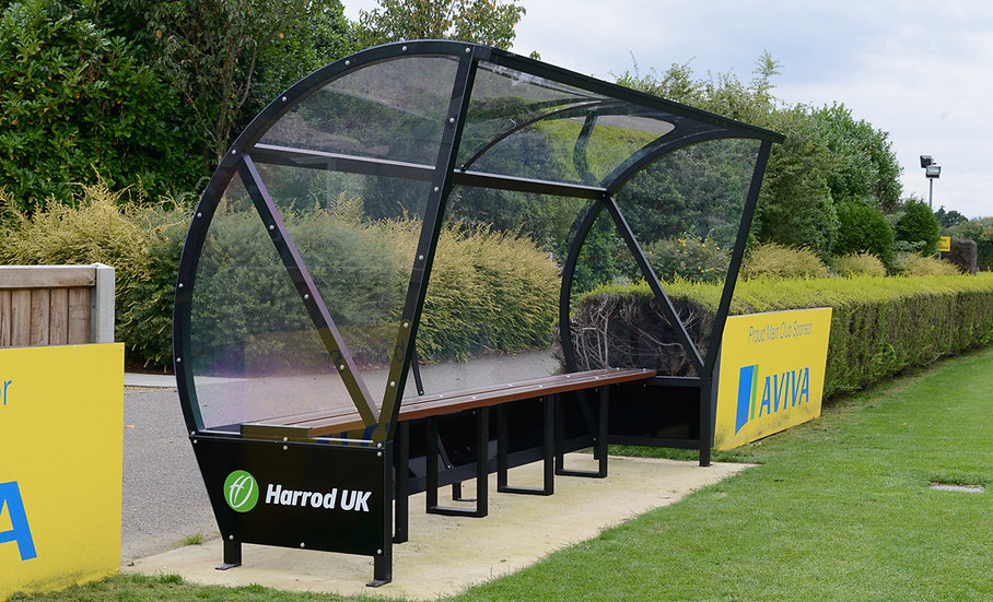 Panoramic aluminium team shelter from Harrod Sport, perfect for use by clubs and schools.
