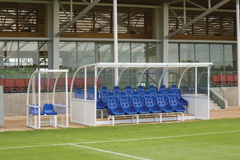 Premium team shelter for use at professional clubs and venues from Harrod Sport.  With clear panels and 15 bucket seats.