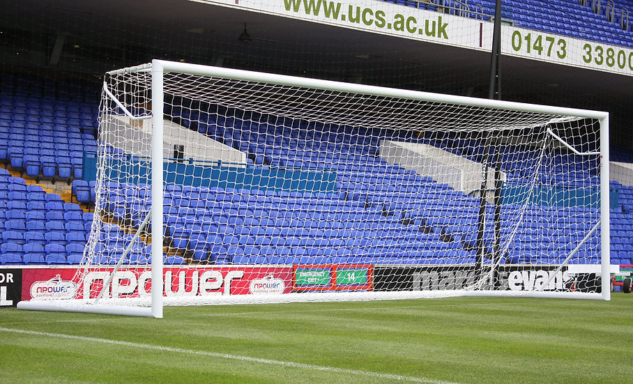 The 3G Hinged Portagoal from Harrod Sport is a portable fold-up senior size football goal for warm ups in stadia.