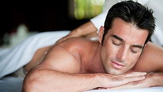 massage-man-92611047.jpg