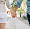 holding-hands-1149411_960_720.jpg