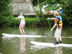 stand up paddle thury harcourt.jpg