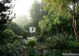 """Loisirs en Suisse normande, Normandie (Photo jardin """"Interieur à ciel ouvert"""" Athis Val de Rouvre"""