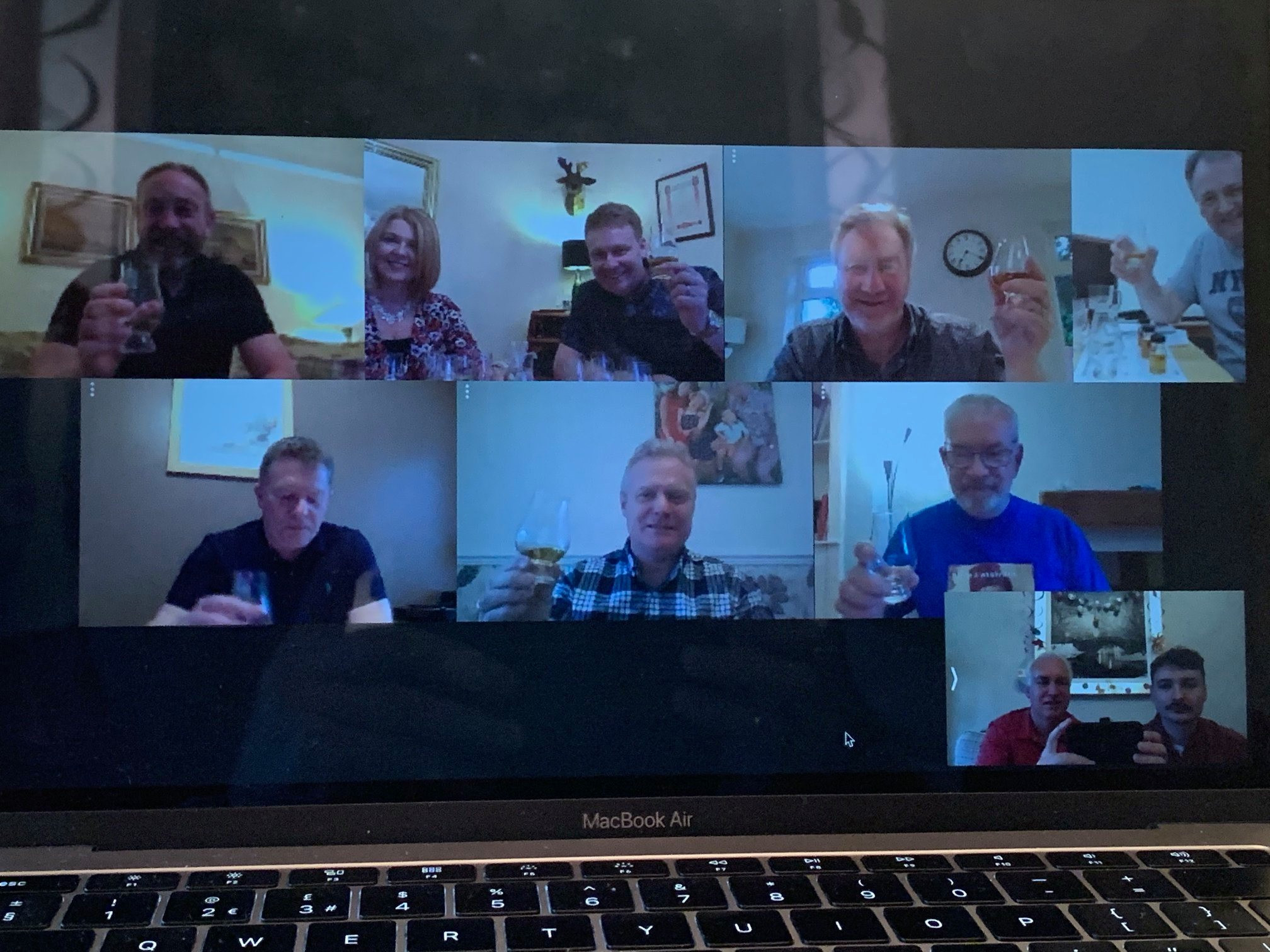 Online Whisky Tasting With Friends