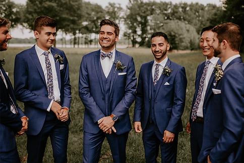 1558643519_blog-groomsmen-looks17.png