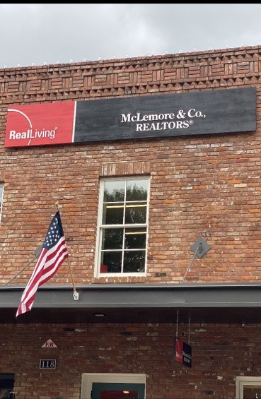 McLemore & Co.,Realtors , TN
