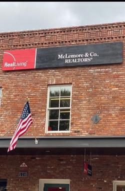 McLemore & Co.,Realtors , TN