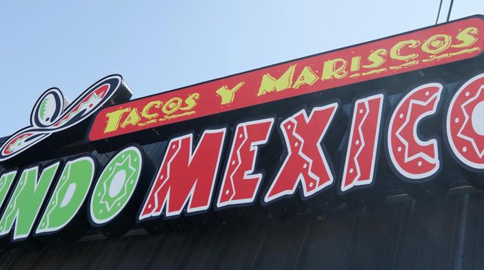 Tacos y Mariscos-Lindo Mexico, TN