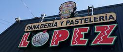 Panaderia & Pasteleria Lopez