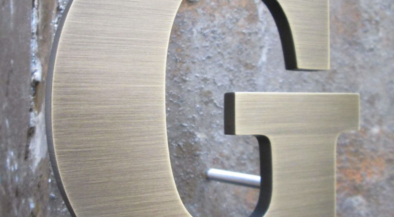 Aluminum Letters w/stand off