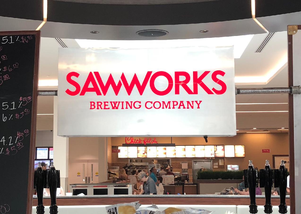 SawWorks Cabinet, TN