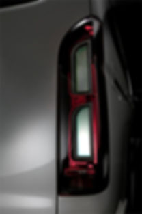 Toyota Hiace Tail Lights (B) (9).jpg