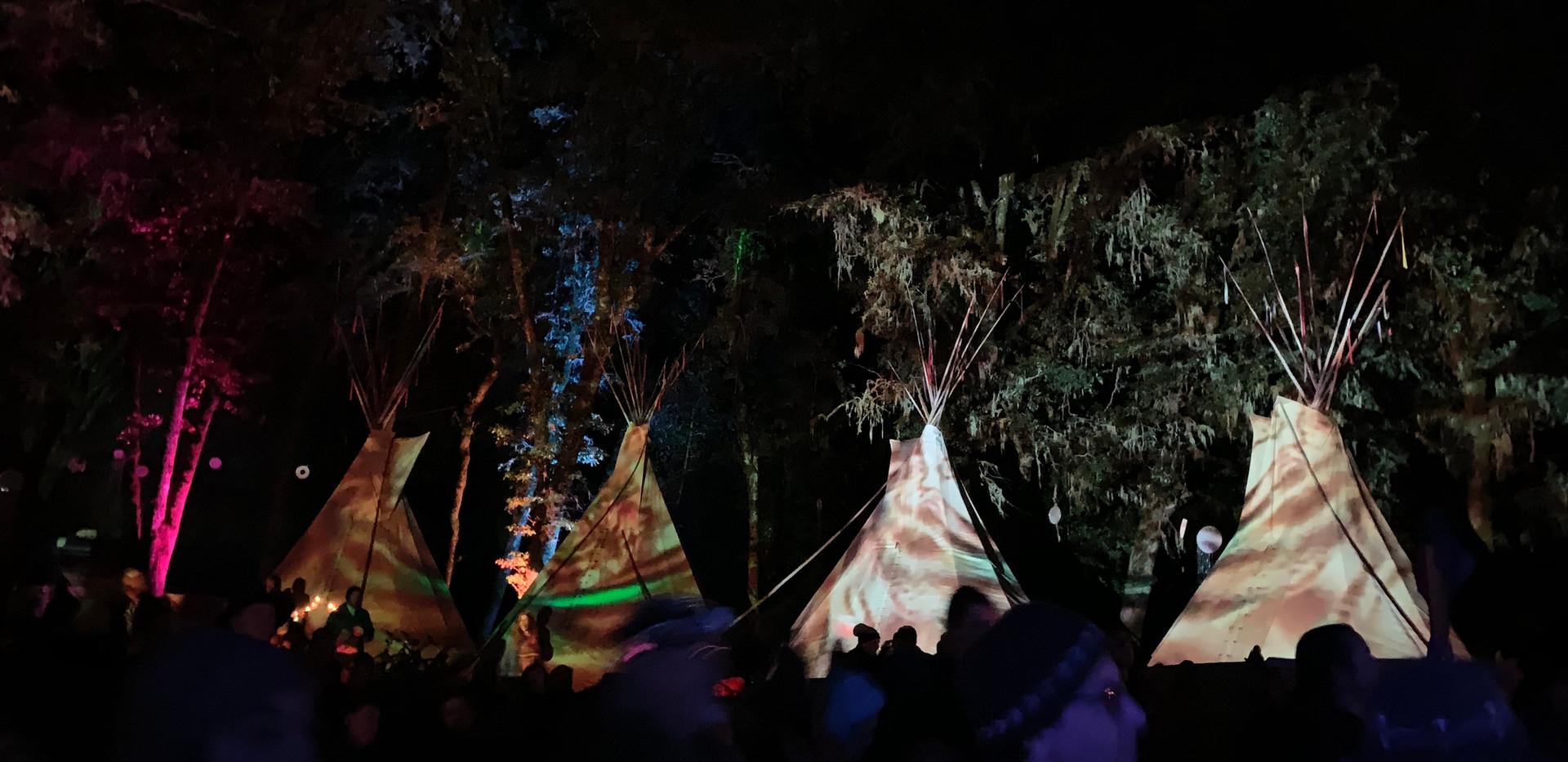 Tipi lightshow