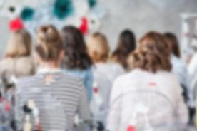 conférence-Daria-pexels.jpg