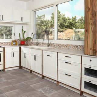 A (1) מטבח חן רצפה אפורה.jpg