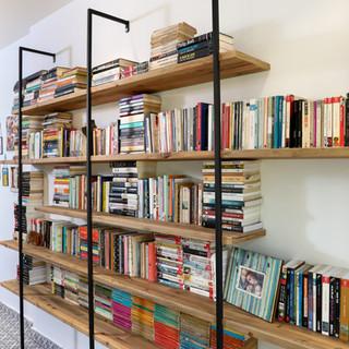 ספריות ומדפים