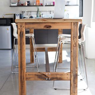 שולחן גל 2.jpg