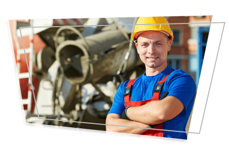 775516-obrero-de-construccion-junto-a-un