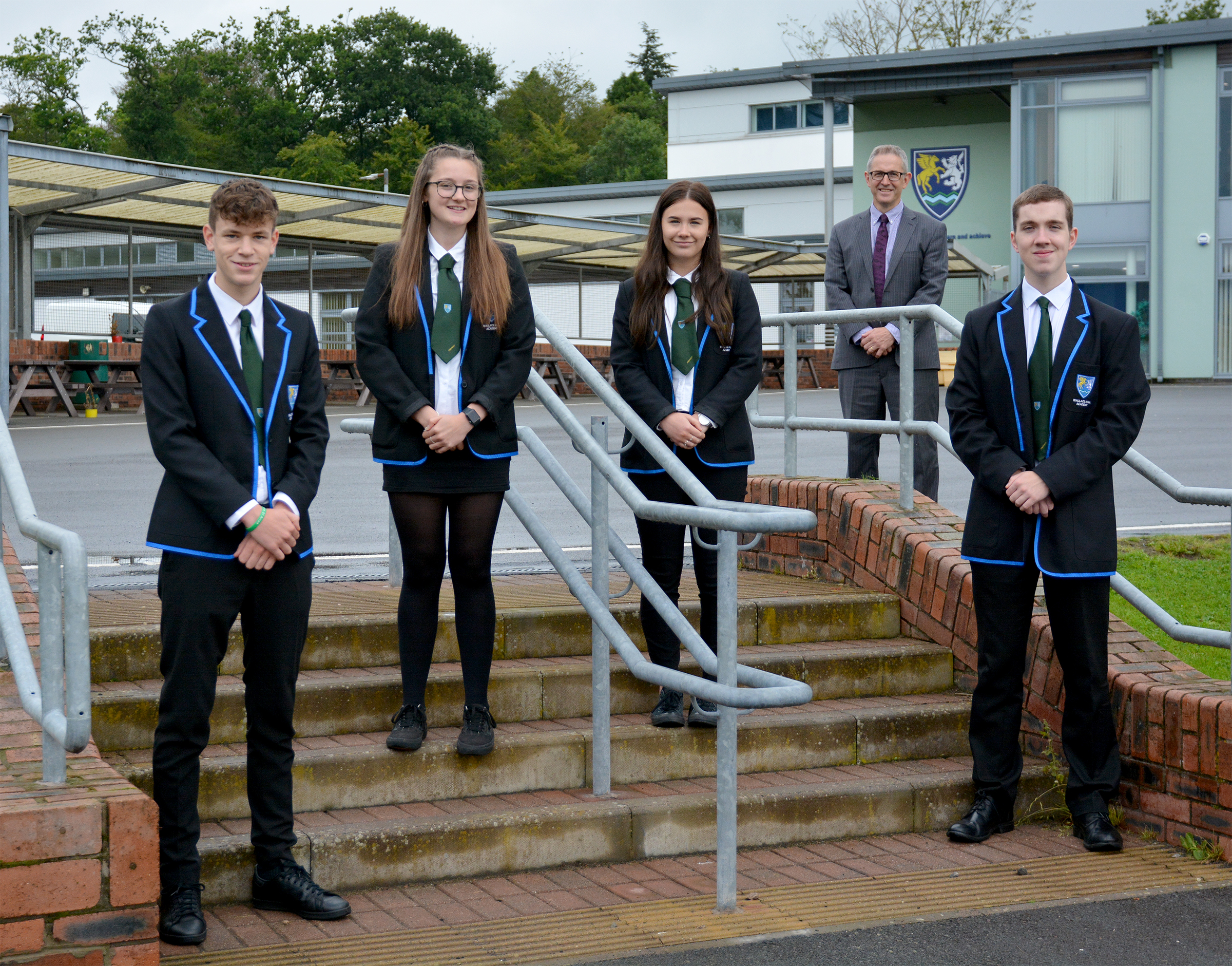Wallace Hall S6 Office Bearers with Mr G