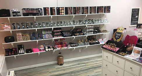 makeup store, house of lashes, morphe