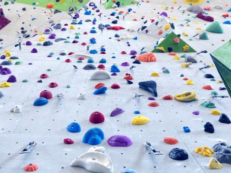 Hoch hinaus an der neuen Vitalis-Kletterwand