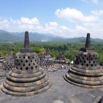 Borobudur.Stupas.am002.jpeg