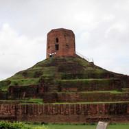 Chaukhandi_Stupa-1.jpg