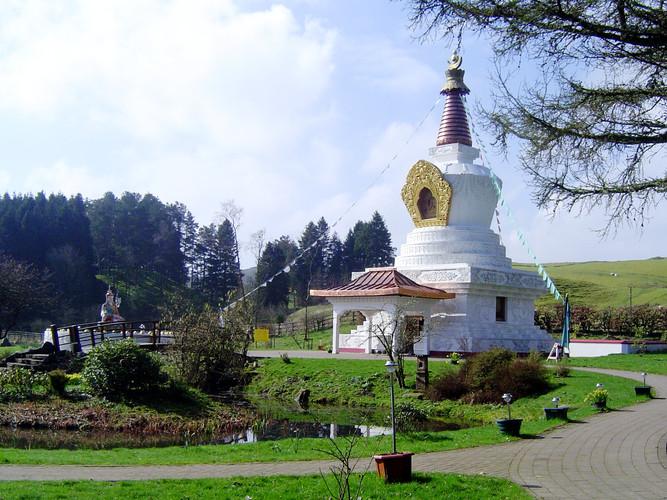 Samye_Ling_Stupa.jpeg