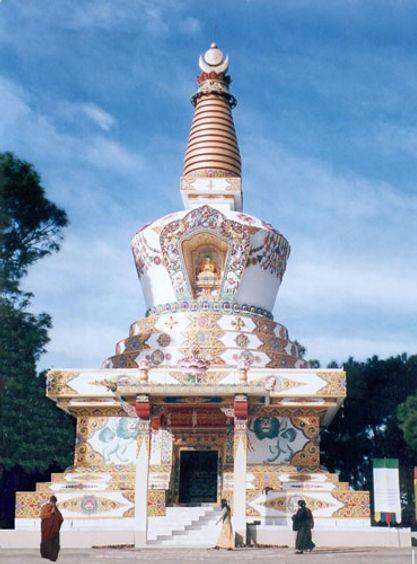 Stupa_budista.jpg