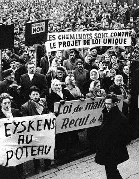la_grande_greve_contre_la_loi_unique_1-8