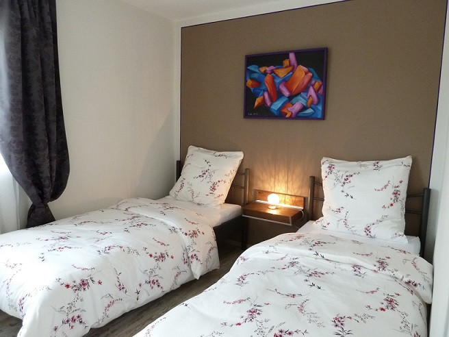 FW Schlafzimmer 2.jpg