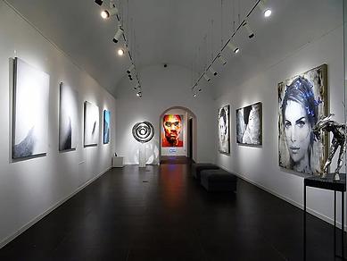 art-gallery-lighting_1200x1200.webp