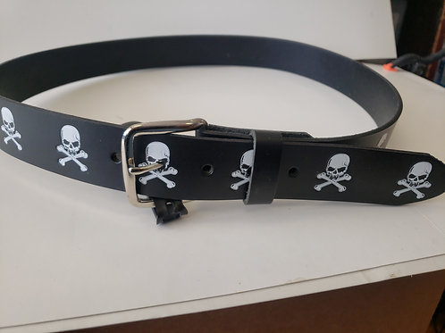 Skull  And cross bone leather belt