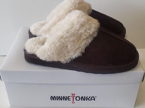Ladies Minnetonka shoe or slipper