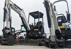 Excavators & Backhoes for Rent In Omaha,