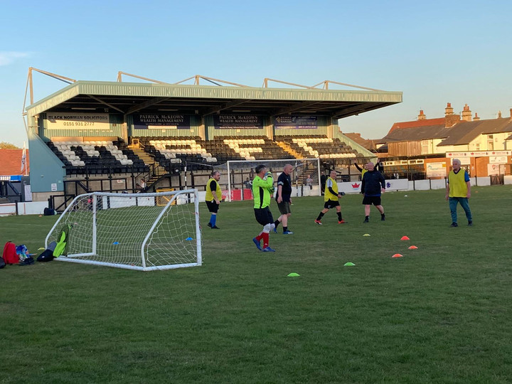 Come and play! Walking Football