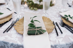 Tropical Tablesetting