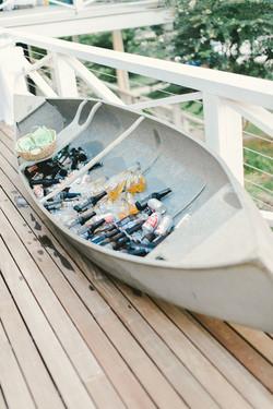 Canoe Bar