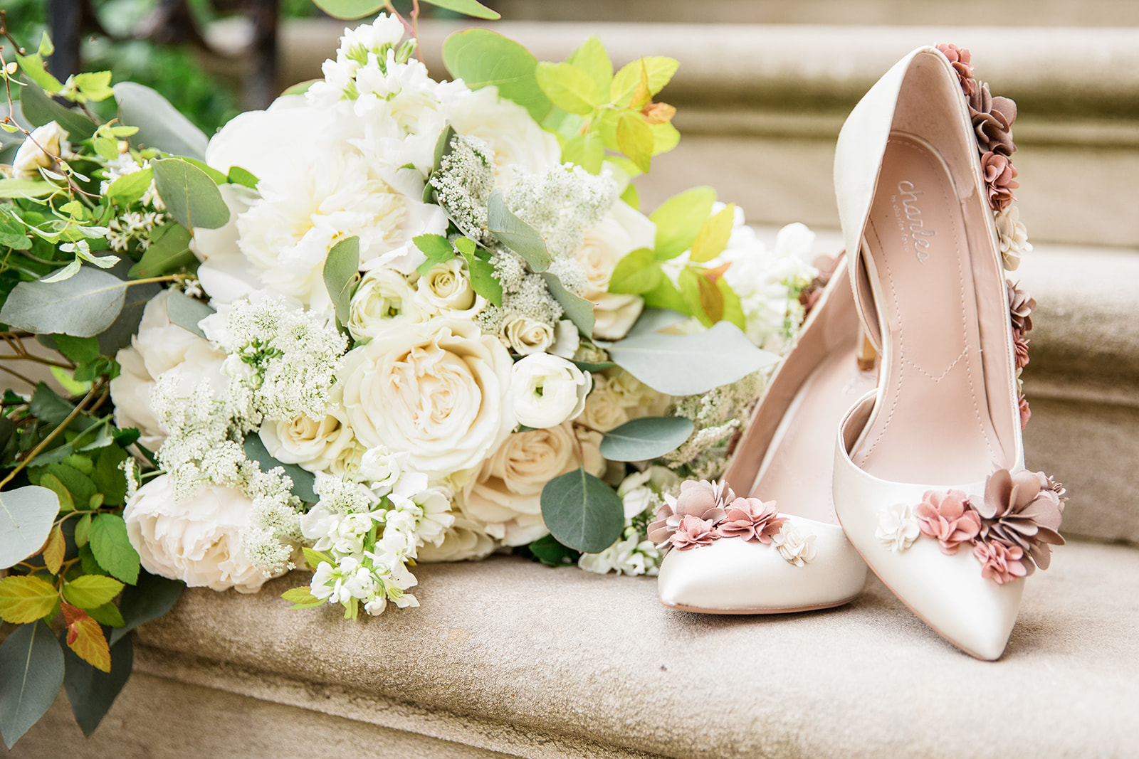 Bridal Bouquet & Shoes