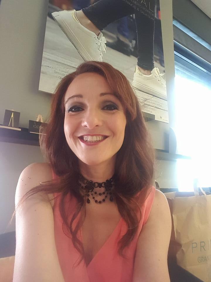 Eva Velasco tras pasar por el Dpto. de Make Up