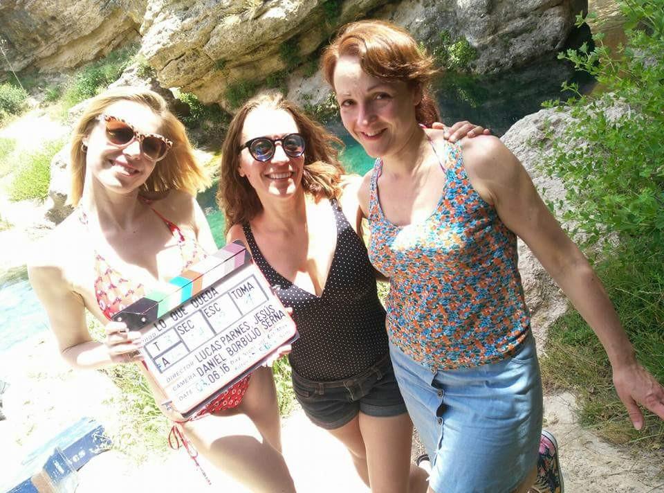 Eva Velasco junto a Carmen Lorenzo y Agnes Kiraly en un momento de descanso.