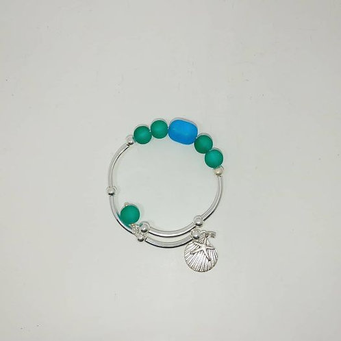 Seaglass Bracelet with scallop shell
