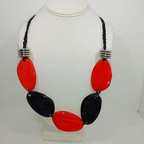 Necklace full house