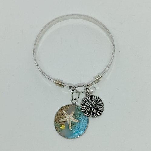 Love this Beach clasp Bracelet