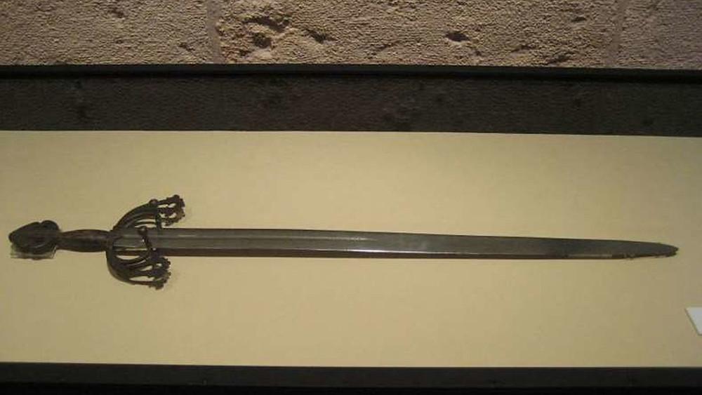 La espada Tizona en el Museo de Burgos Museo de Burgos