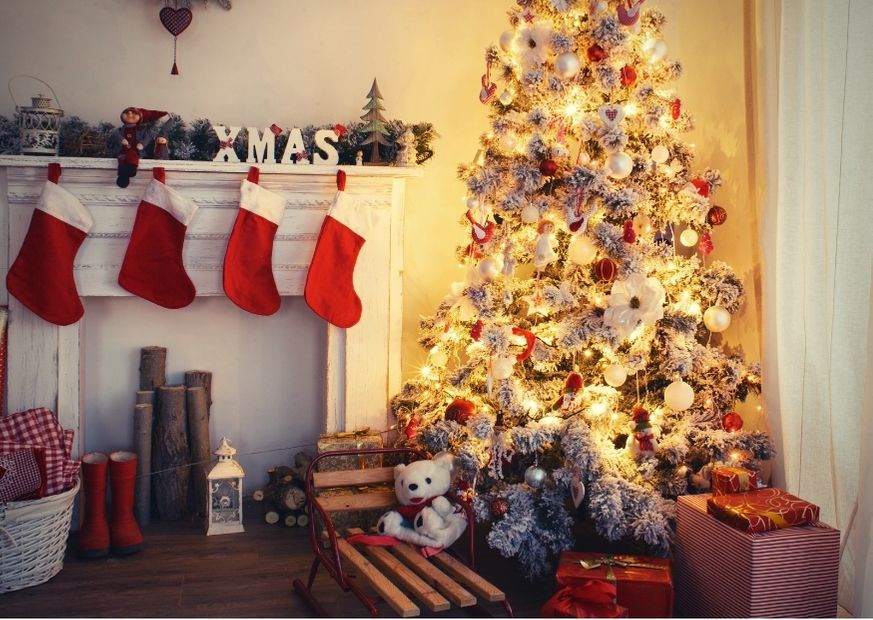 Árvore de Natal dentro de casa britânica