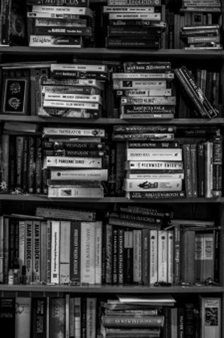 books_bookshelf_library_black_and_white_
