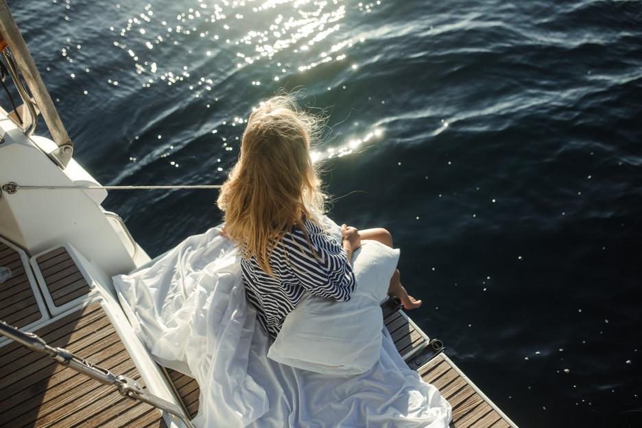 JULE AND THE AEGEAN SEA