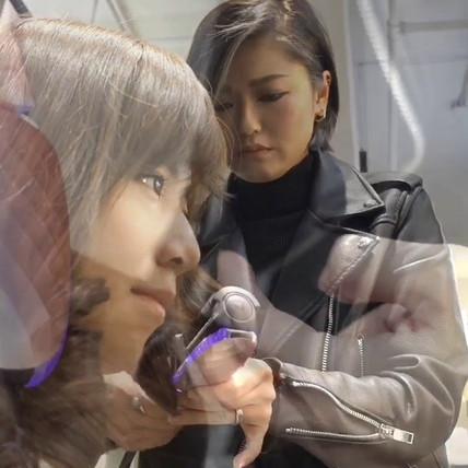 來自台灣的Corner專業髮型師教你用VICE VERSA 捲髮器