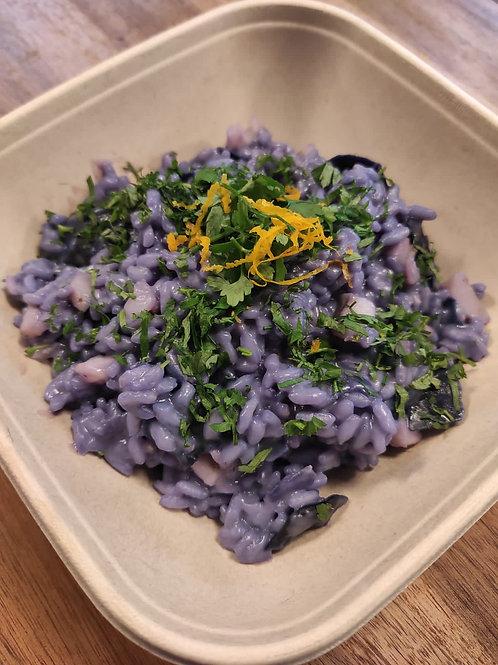 Blaues Risotto mit Steinbutt & Rotkraut (d, l, o)